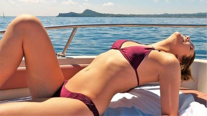 How laser hair removal helps you in balancing bikini line